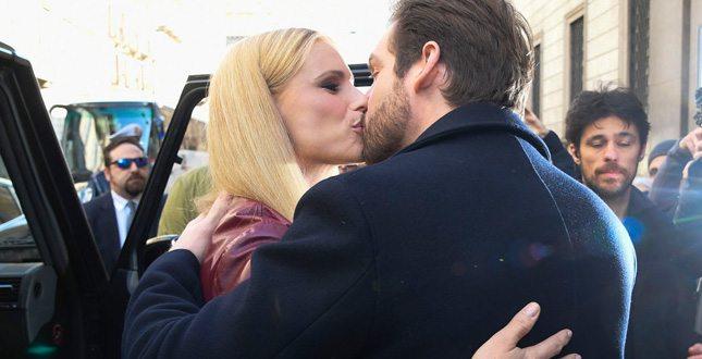 Michelle Hunziker e Tomaso Trussardi, baci… a furor di popolo